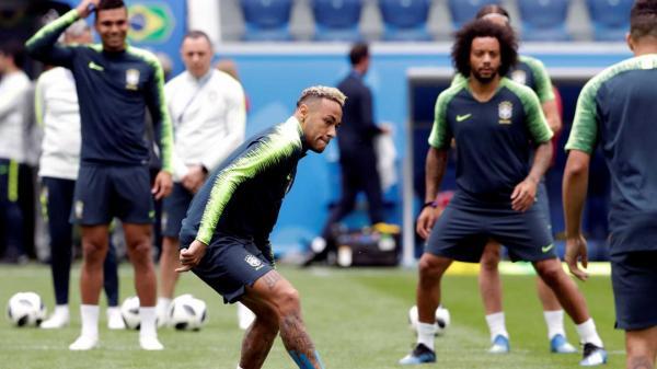 Tite diz que Neymar não jogará no 'sacrifício' contra Costa Rica