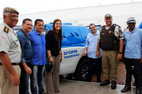 Camamu recebe novos veículos em inauguração da Policlínica Regional