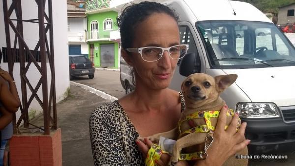 Com doença grave, moradora de Mutuípe encontra em cadela uma excelente terapia.