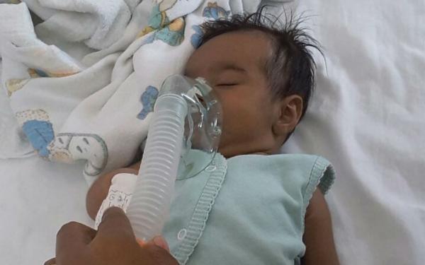 Bebê de Ipiaú que foi operado por causa de problema no coração recebe alta após 3 meses.