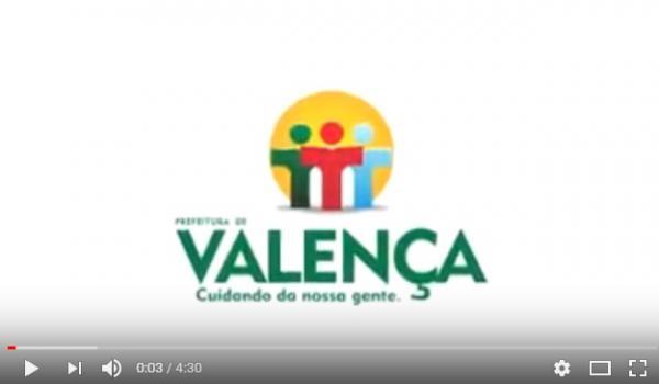 Prefeitura Municipal de Valença realizou limpeza no canal do Riacho que corta o Loteamento Estância Azul.
